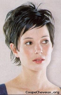 femme-cheveux-courts-31